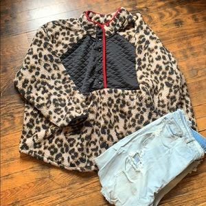 🐆Maurices Leopard Print Pullover Fuzzy Sweater🐆